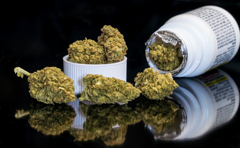 Medyczna marihuana będzie wykorzystywana w terapii m.in. migreny i przewlekłego bólu w londyńskiej klinice (fot. Shutterstock).