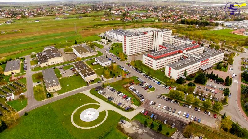 W podobnej sytuacji co szpital w Zamościu, jest również Szpital Wojewódzki im. dr. Ludwika Rydygiera w Suwałkach (fot. szpitaljp2.zam.pl)