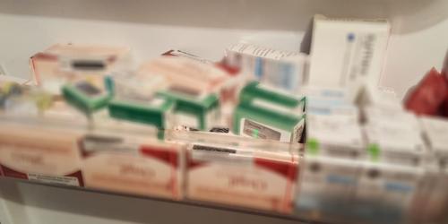 Rząd twierdzi, że sytuacja dotycząca wywozu leków jest dobra… Czy aby na pewno?