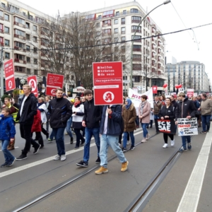 Setki farmaceutów wyszły na ulice. Dlaczego protestują?