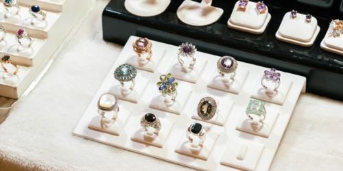 Biżuteria farmaceutyczna – leki przyszłości?