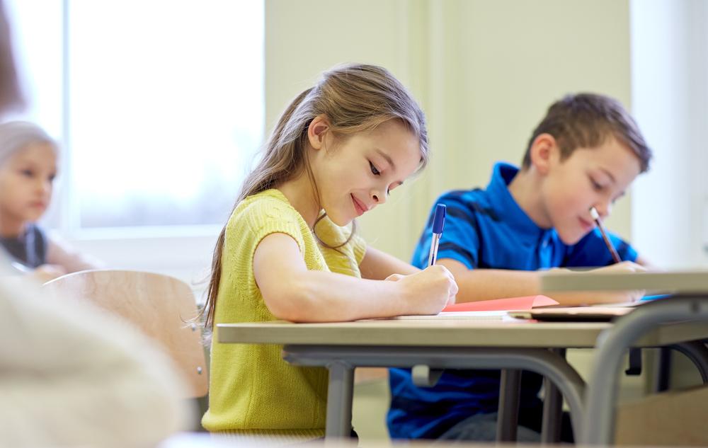 Nasze dzieci zaadaptują się do świata, który im pokażemy (fot. Shutterstock)