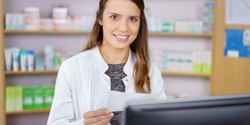 Ile technik farmaceutyczny może zarobić w Warszawie?