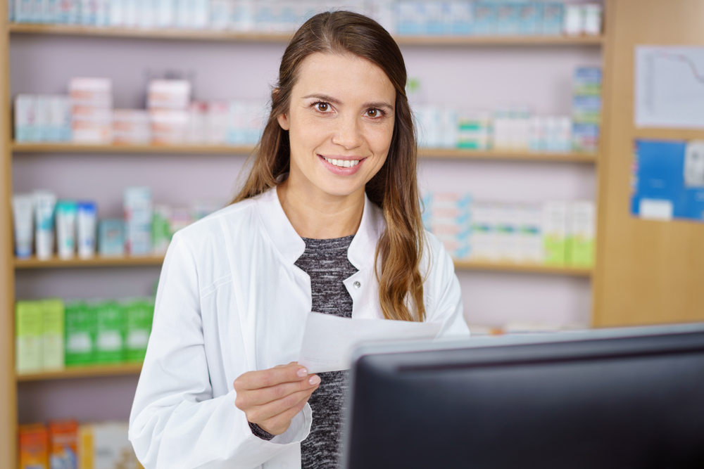 W ciągu roku liczba pacjentów skierowanych do aptek przez NHS po powtórną receptę urosła ponad dwukrotnie (fot. Shutterstock)