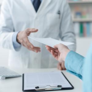 Inspekcja apeluje do aptek o przesłanie recept jednej lekarki…