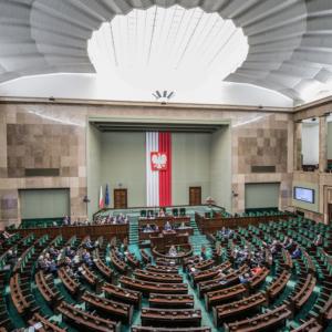 Powstał parlamentarny zespół ds. bezpieczeństwa lekowego i rynku aptecznego