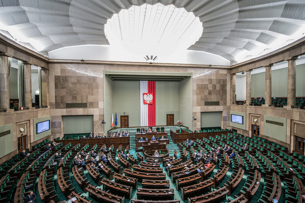 Zespół utworzyło 6 posłów Prawa i Sprawiedliwości, a jego inicjatorem jest Rychlik Paweł (fot. Shutterstock)