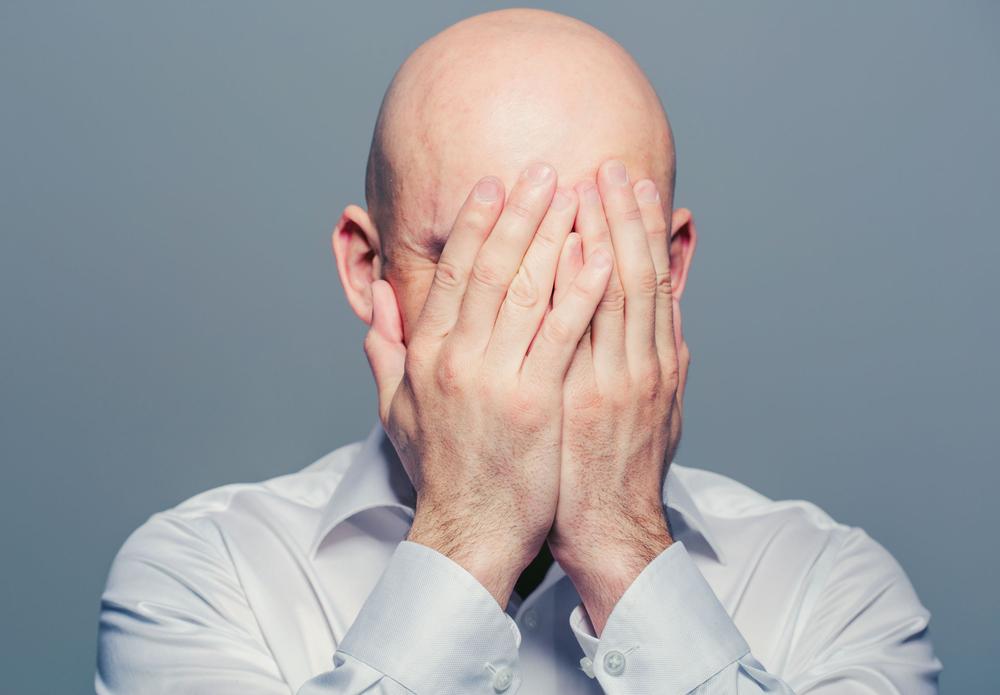 W kilku pracach badawczych wskazywano na fakt, że finasteryd może prowadzić do impotencji (fot. Shutterstock)