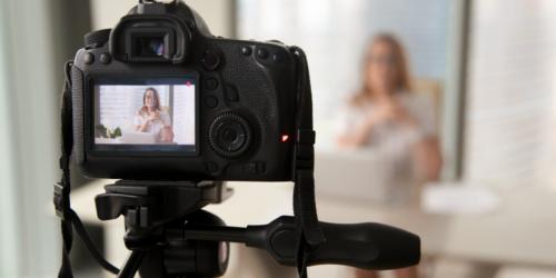 Vlogerka jednak ukarana! 200 zł za reklamowanie apteki na YouTube…