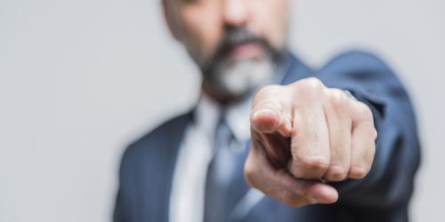 Słupowanie czy kreatywność? PharmaNET atakuje samorząd aptekarski…