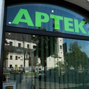 Czy starosta śremski wprowadzał mieszkańców powiatu w błąd w sprawie apteki w śremskim szpitalu?