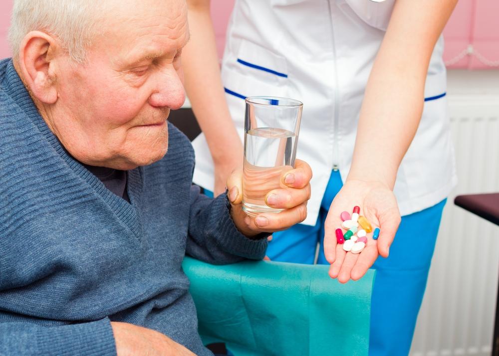 Litewskie Ministerstwo Zdrowia chce zapewnić bezpłatne leki dla seniorów po 75. roku życia (fot. Shutterstock).