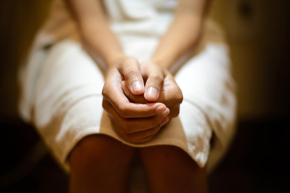 Wśród pierwotnych objawów zakażenia występuje swędzenie, pieczenie, podrażnienie i stan zapalny pochwy (fot. Shutterstock).