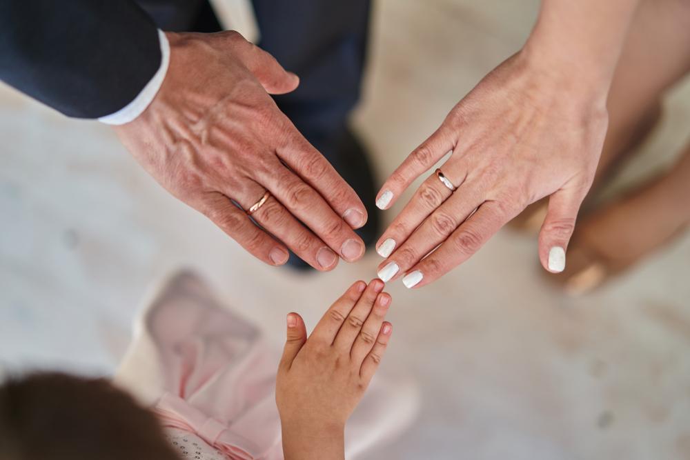 Recepty pro familia nie można wystawić np. rodzeństwu małżonka (szwagier, szwagierka) oraz małżonkom rodzeństwa (bratowa, szwagier) (fot. Shutterstock)