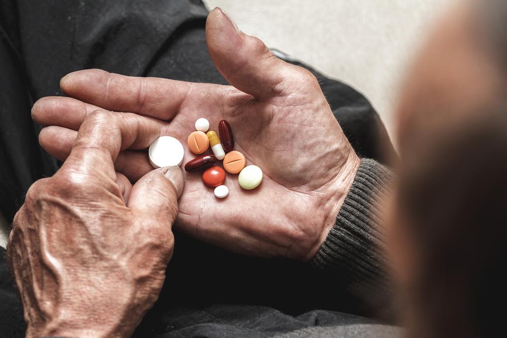 Gmina Ćmielów postanowiła wspomóc niepełnosprawnych i przewlekle chorych mieszkańców (fot. Shutterstock).