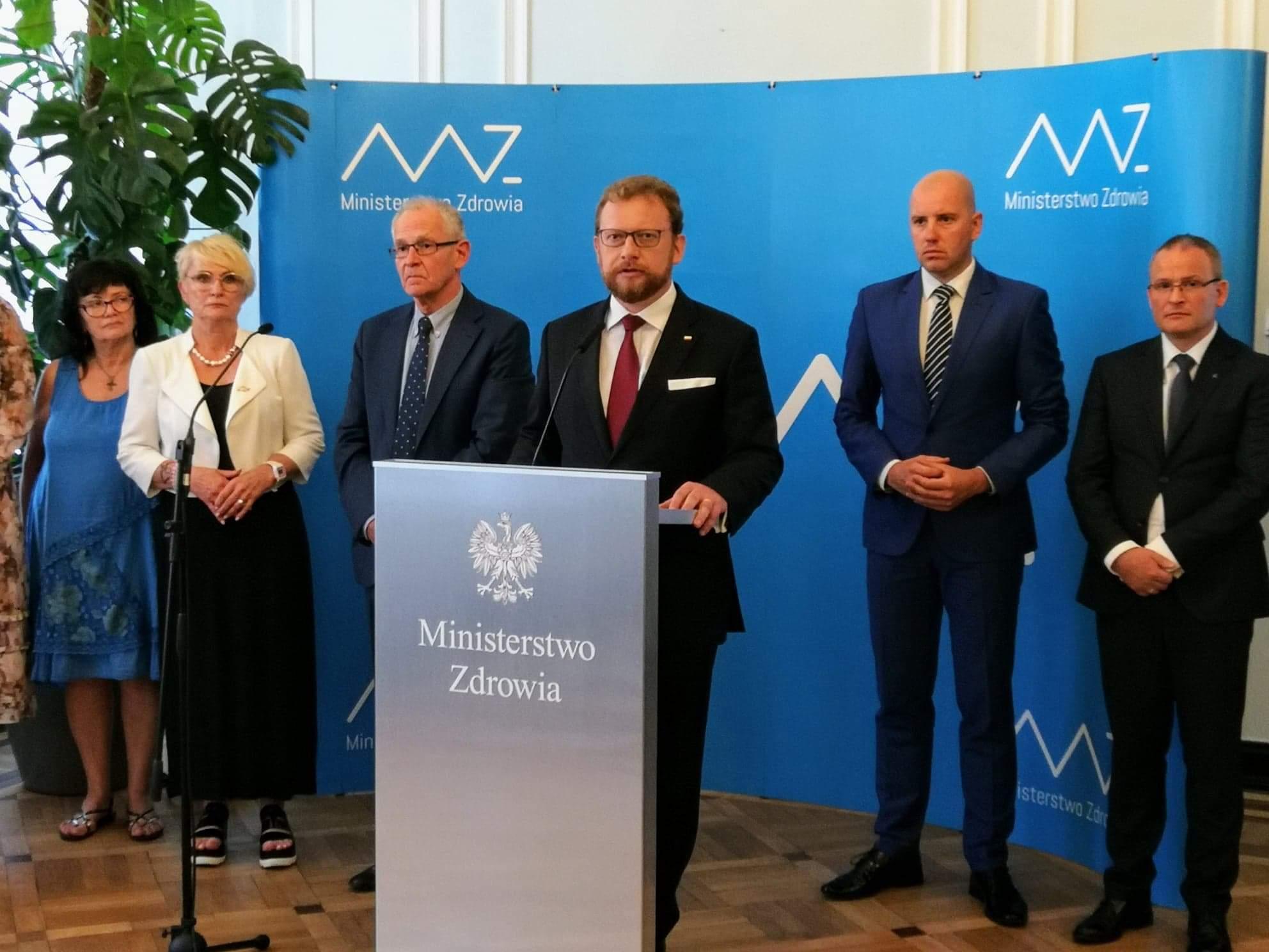 Resort zdrowia prosi o zgłaszanie ewentualnych uwag do projektu w wersji elektronicznej na adres e-mail: wykazy-uwagi@mz.gov.pl do 27.08.2019 r (fot. MZ)