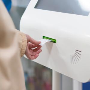 Automat z numerkami w aptece? Pacjenci popierają takie rozwiązanie…