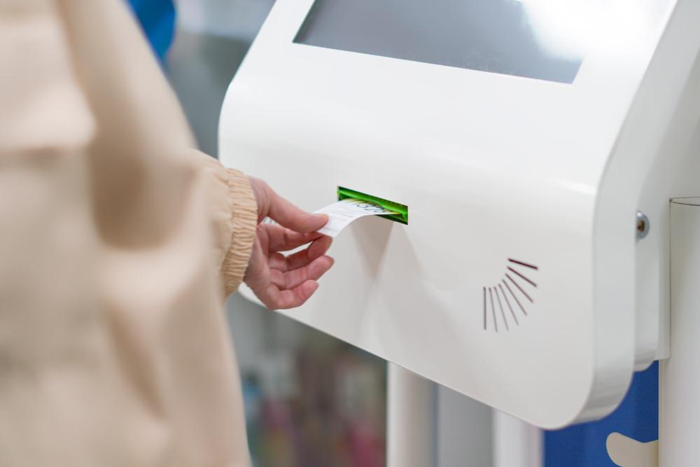 """""""Automat z numerkami to dobry pomysł, powinien być w każdej aptece"""" - stwierdził jeden z respondentów (fot. Shutterstock)"""