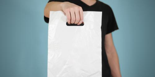 Od 1 września opłata recyklingowa za każdą torbę foliową z apteki