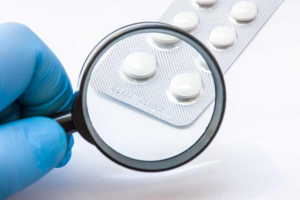 Również inne organy Państwowej Inspekcji Farmaceutycznej mogą wydawać decyzje w zakresie kierowania dopuszczonych do obrotu na terytorium Polski leków do badań jakościowych (fot. Shutterstock).