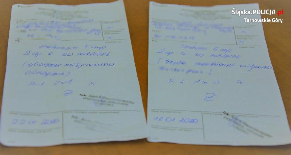 Mężczyzna, przyznał się stróżom prawa, że recepta, którą się posłużył, kupił przez internet (fot. Komenda Powiatowa Policji w Tarnowskich Górach)