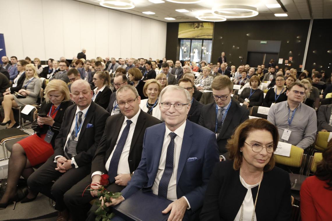 Poseł Tomasz Latos wyraził nadzieję, że parlament jednogłośnie wesprze uchwalenie ustawy o zawodzie farmaceuty (Fot. Przemysław Błoch)