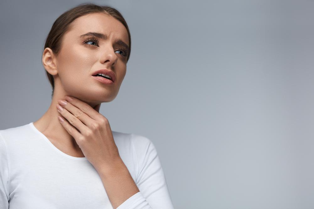 Preparaty spełniające normy PN-EN 1040:2006 odznaczają się potwierdzoną skutecznością antyseptyczną, która z powodzeniem może być wykorzystywana w ramach leczenia bólu gardła (fot. Shutterstock).