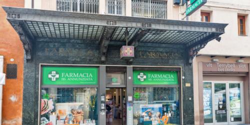 Włochy: siódmy farmaceuta przegrał z COVID-19