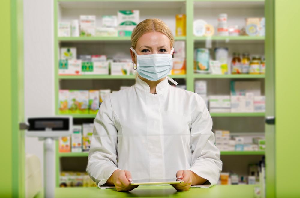W badaniu przeprowadzonym przez Pharmacists' Defence Association wyszło natomiast na jaw, że aż 89% farmaceutów było w ubiegłym miesiącu świadkami agresji i nadużyć(fot. Shutterstock).