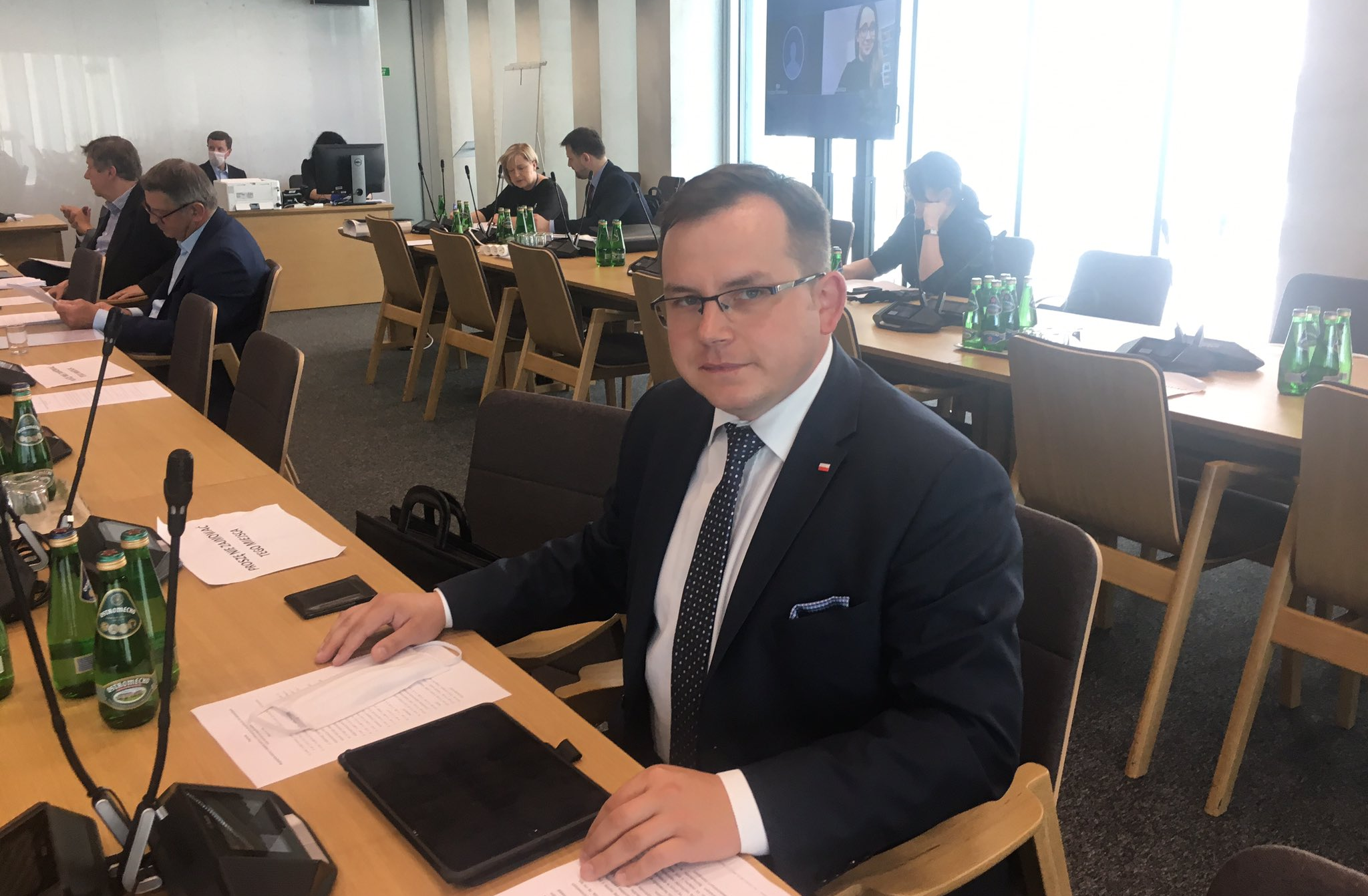 Paweł Rychlik jest farmaceutą i absolwentem Uniwersytetu Medycznego im. Karola Marcinkowskiego w Poznaniu (fot. Twitter/Paweł Rychlik)