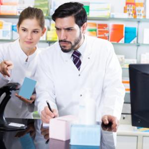 Łódzki NFZ o uprawnieniach farmaceutów do pobierania numerów recept