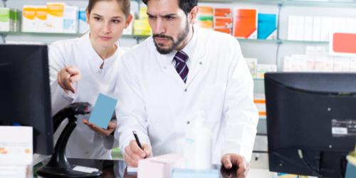 Apteki muszą uważać sprzedając leki na przeziębienie. Inspekcja karze…