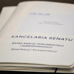 VIDEO: Co Senat zdecydował w sprawie dyżurów aptek?