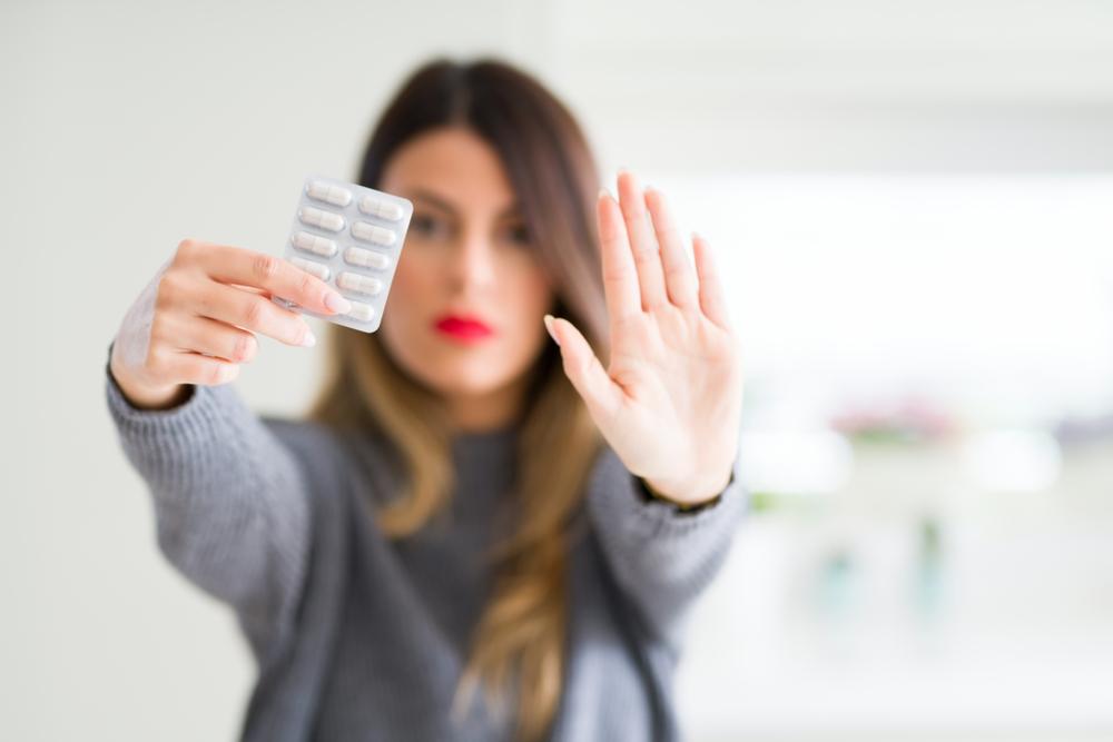 Pacjentki stosujące wstrzymane leki powinny zgłosić się do lekarza w celu zmiany terapii (fot. Shutterstock)