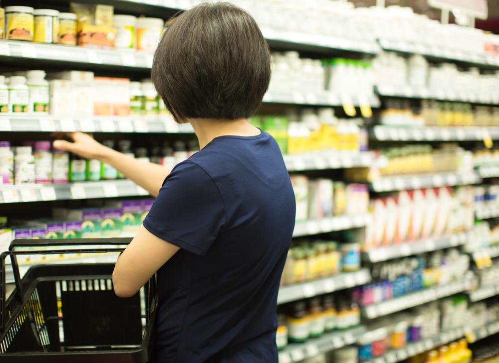 Standy prezentujące suplementy diety Olimp Labs na odporność pojawiły się ostatnio w 720 sklepach Lidl (fot. Shutterstock)