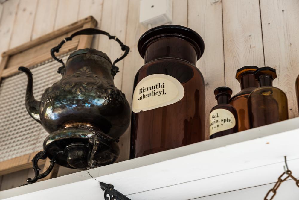 Właściwości bizmutu mogą okazać się ostatnią deską ratunku w terapii zakażeń bakteriami wielolekoopornymi, które już dziś sieją postrach w szpitalach (fot. Shutterstock)