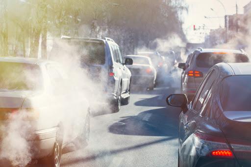 W opublikowanym wczoraj raporcie, FIP podkreśla znaczenie farmaceuty w walce z zanieczyszczeniem powietrza i jego wpływem na zdrowie w społeczeństwie(fot. Shutterstock).