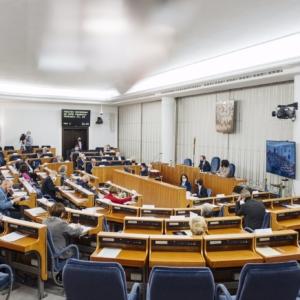 Senat za ustawą o zawodzie farmaceuty… z kontrowersyjnymi poprawkami