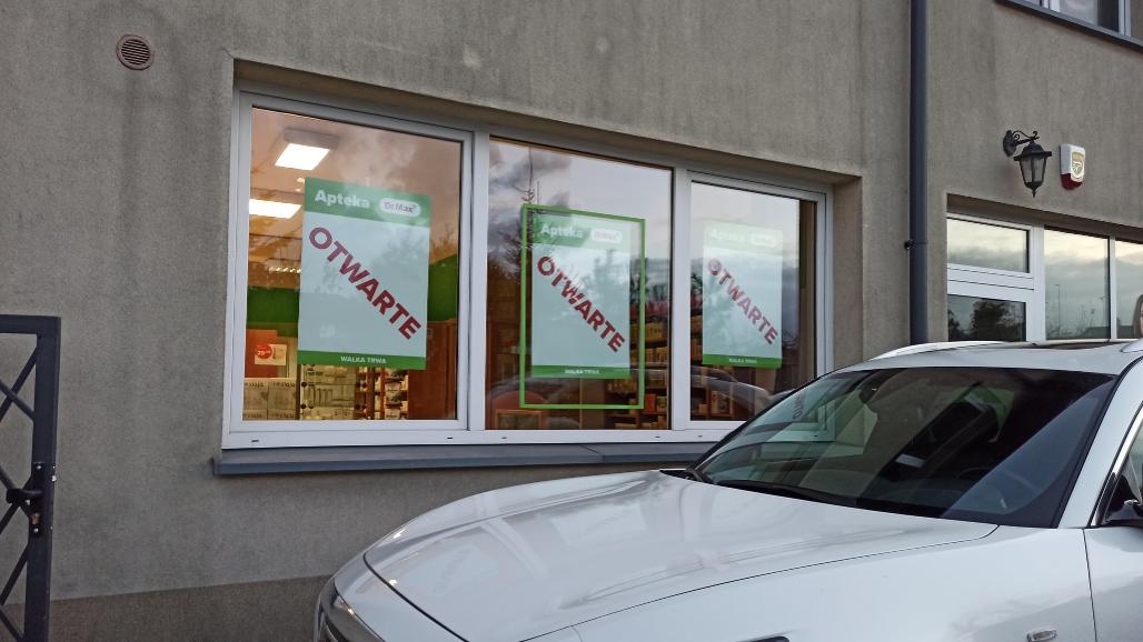 Eksperci nie mają wątpliwości, że właściciel apteki dopuszcza się samowolki (fot. Bartłomiej Byczkiewicz)