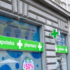 Serbia blokuje dalszą ekspansję sieci aptek Dr.Max?
