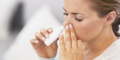 Alergiczny nieżyt nosa – jak leczyć bezpiecznie i skutecznie?