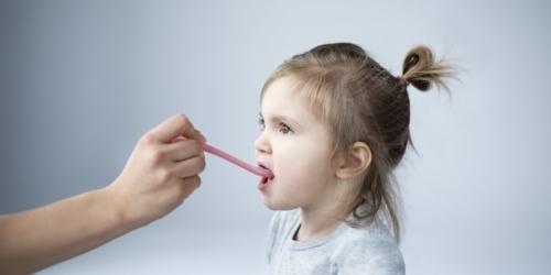 Doustne leki pediatryczne – na co zwrócić uwagę?